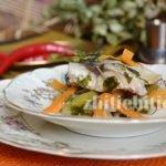 Скумбрия, тушеная с овощами