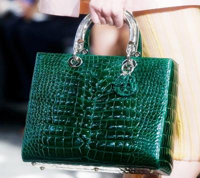 Тонкости выбора женской сумочки