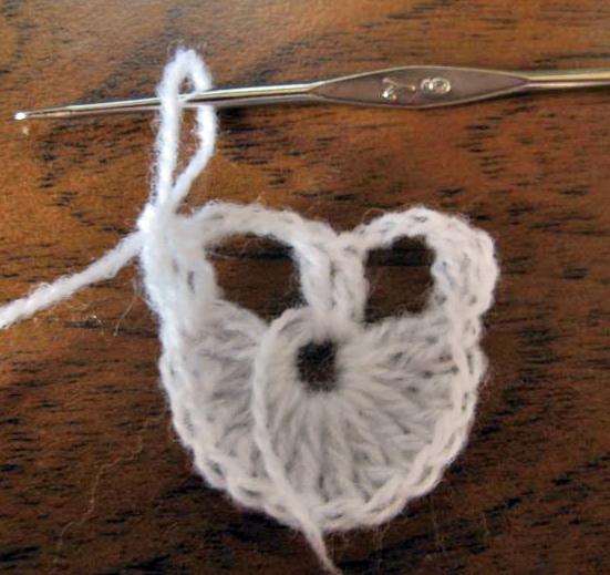 Идеи для творчества: вязаные шали крючком (фото)